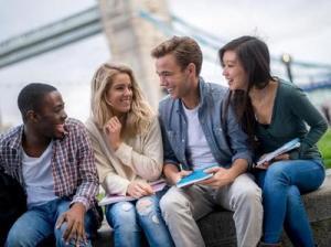 交換留学ってどうしたら行けるの?メリット、デメリットは?