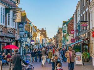 イギリス留学はロンドンだけじゃない!おすすめ留学都市カンタベリーの魅力!