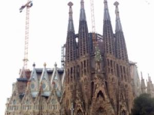 建築家ガウディに魅了される旅!スペイン・バルセロナの街めぐり