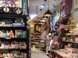 パリでお土産探し♪オペラ地区のかわいい雑貨屋「Brentano's」