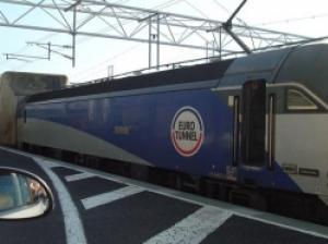 車ごと乗れる列車「ル・シャトル」 英国から欧州大陸へドライブ旅行!