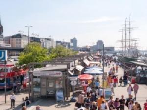 ドイツ・ハンブルグは3大都市のひとつ!海軍の拠点がありマニア必見