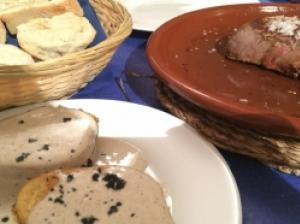 ロンダ・あったか家族が営む大人気スペイン料理店