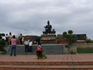 タイ族最初の王朝が開かれた古都スコータイに広がる遺跡公園
