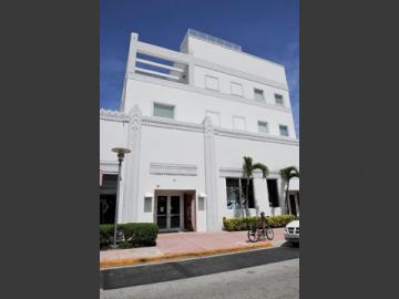 レナート・インターナショナル マイアミ・サウスビーチ校